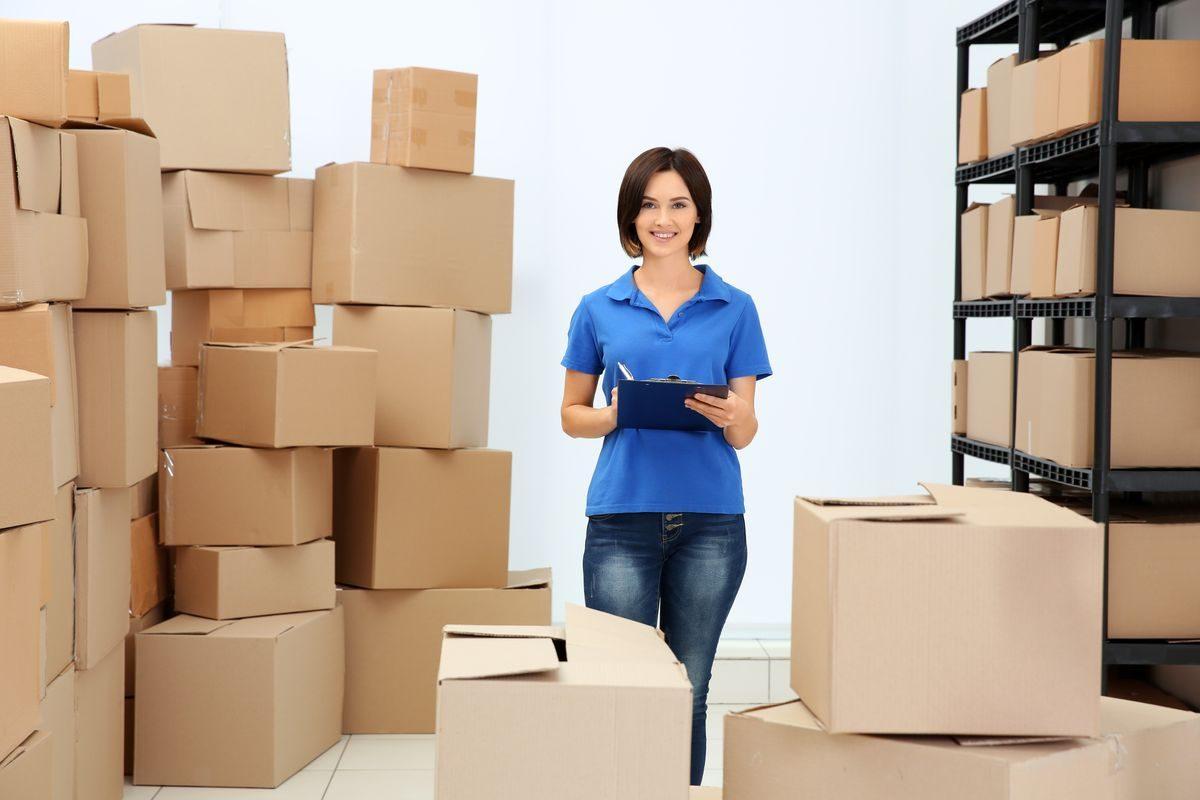 Jak pakować przesyłki firmowe?