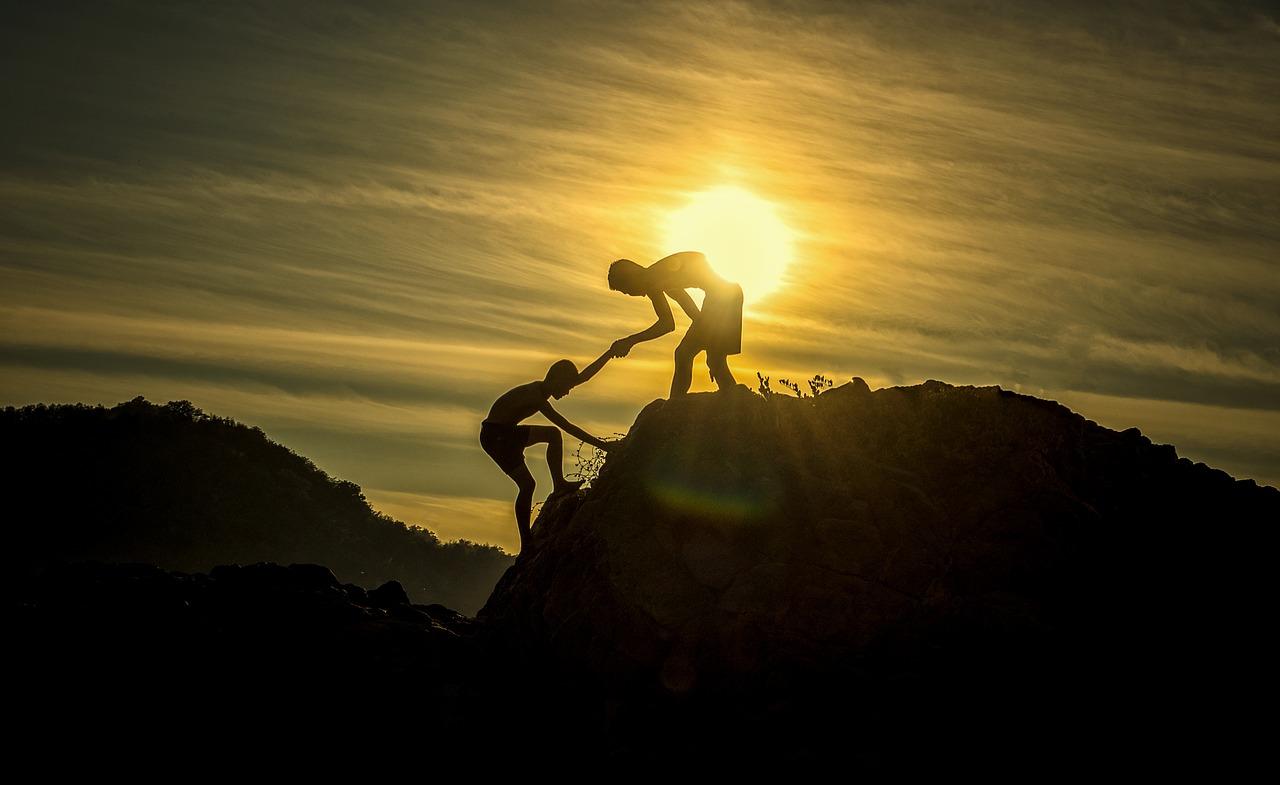 3 cechy ludzi sukcesu. Dowiedz się, co zaprowadziło ich na szczyt